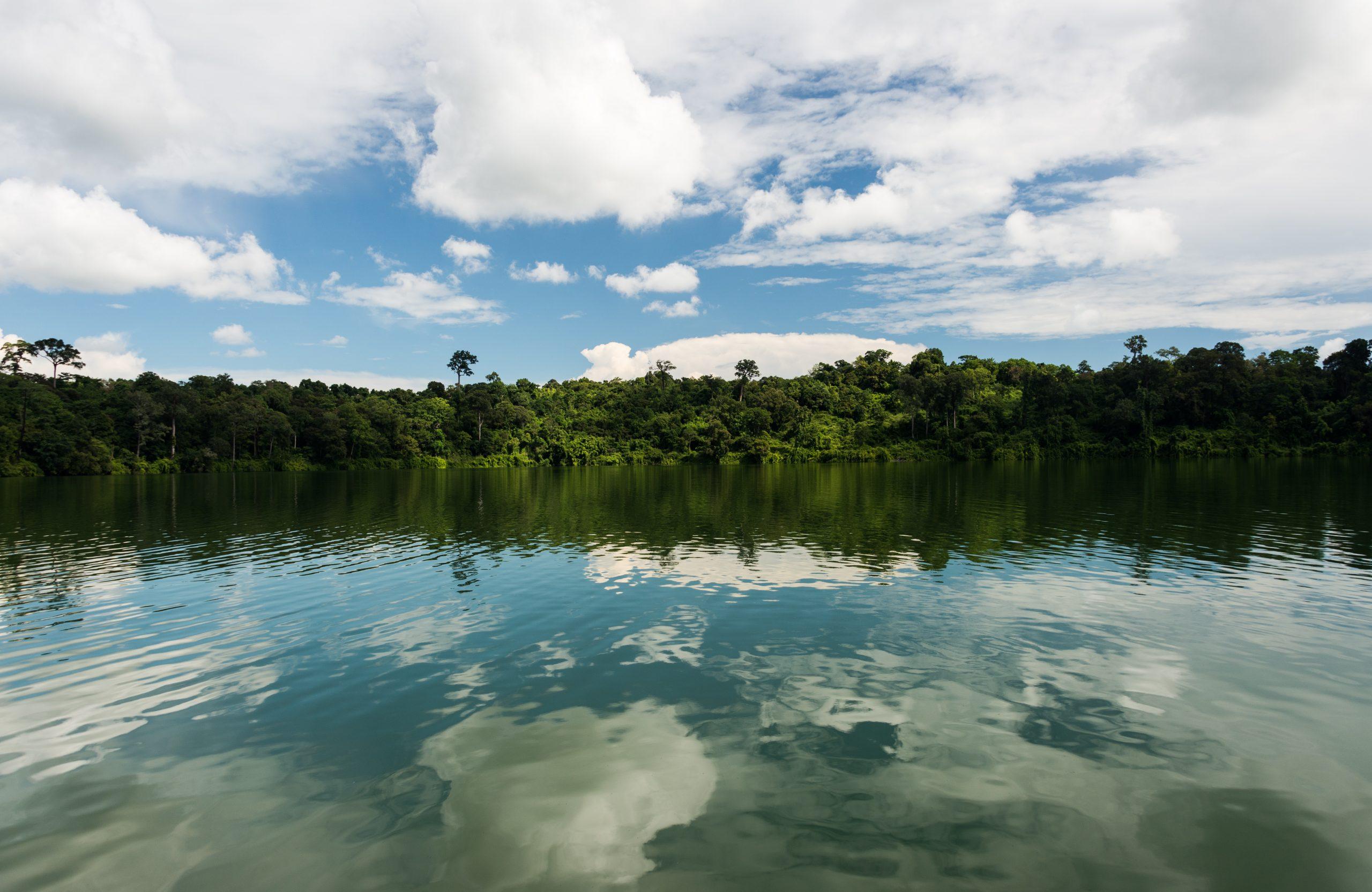 Yeak Laom Volcanic Lake, Cambodia, Asia